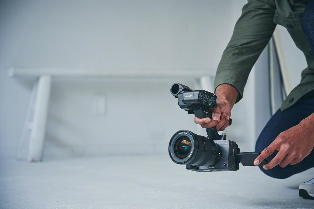 Sony FX3 ufficiale: la macchina da cinema che sembra una mirrorless