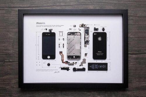 "iPhone in cornice: Grid Studio ""destruttura"" la tecnologia mobile"
